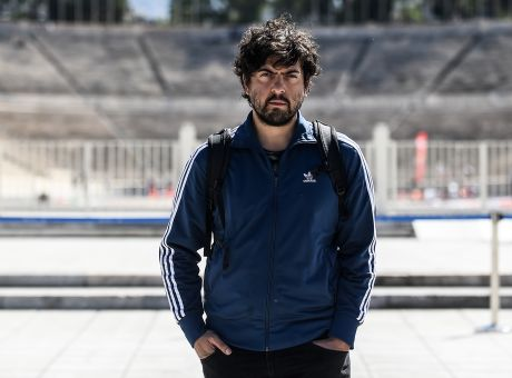 "You are currently viewing Δημήτρης Καραντζάς: ""Δεν μπορεί ένας κριτικός να απολύει και να μας απαγορεύει να κάνουμε τη δουλειά μας"""